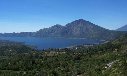 Kintamani Volcano and Penglipuran Tour Package