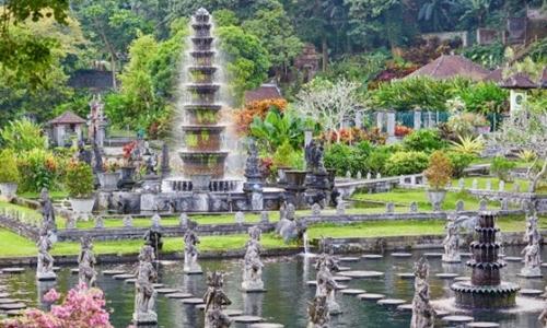 Lempuyang Tour