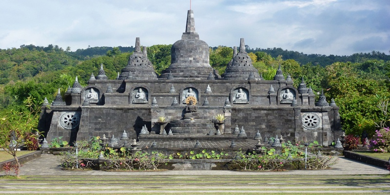 Visit the largest Buddhist temple in Bali