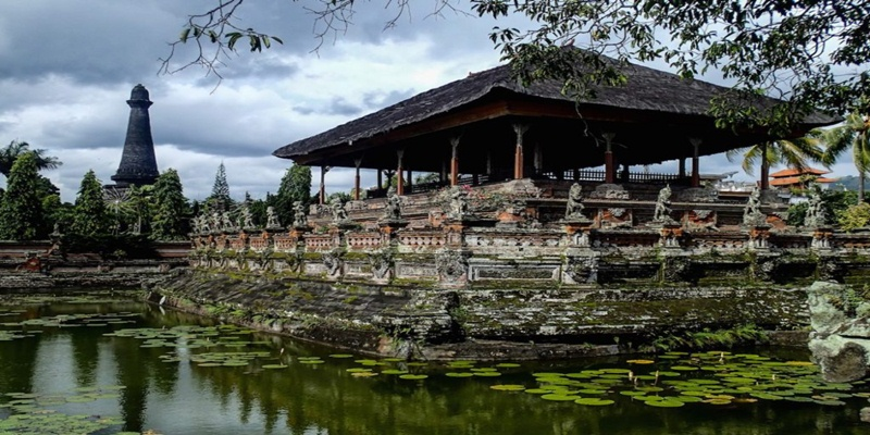 East Bali Tour Package